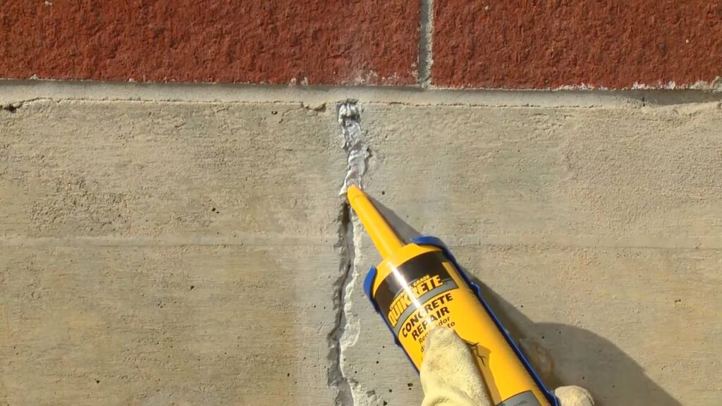 sealing crack in wall | Any Pest Inc.
